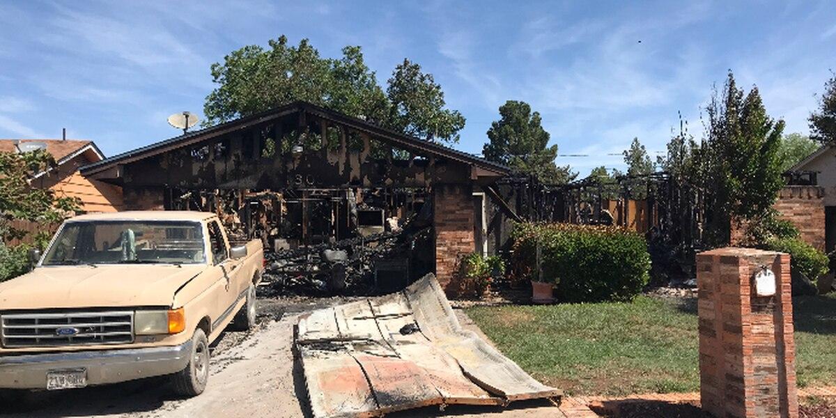 Dos personas pierden la vida después de un incendio en una casa en Odessa