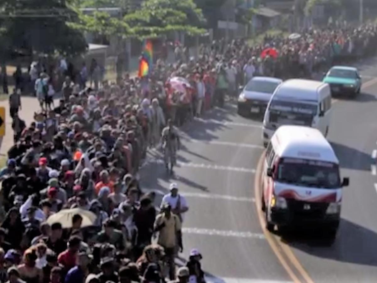 México: Guardia Nacional disuelve caravana de migrantes