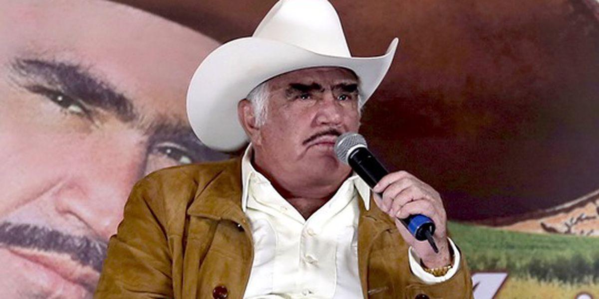 "Vicente Fernández rechaza hígado por no saber si venía de un ""homosexual o drogadicto"""