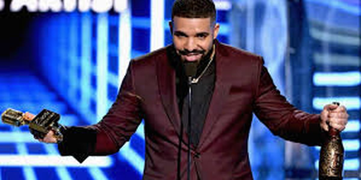Drake presume su avión privado Boeing 767 de $100 millones