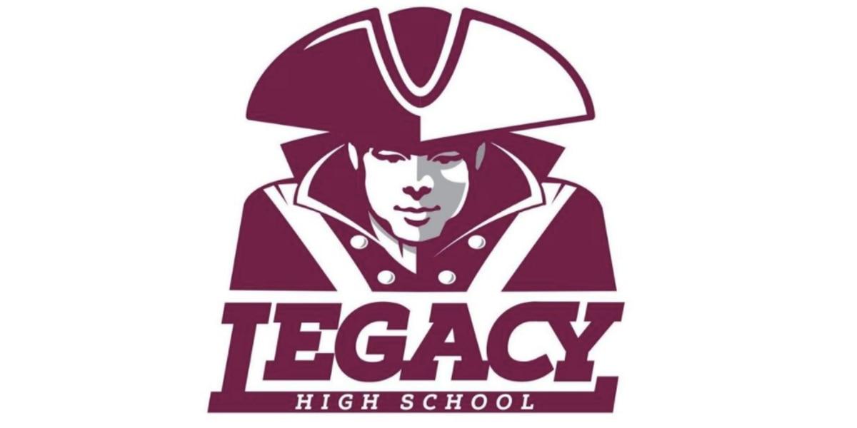 Los estudiantes de Lee eligen un nuevo logotipo para la escuela secundaria Legacy