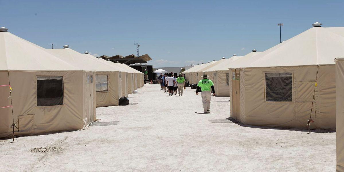 Texas: Temen que vayan a cerrar albergues de niños migrantes