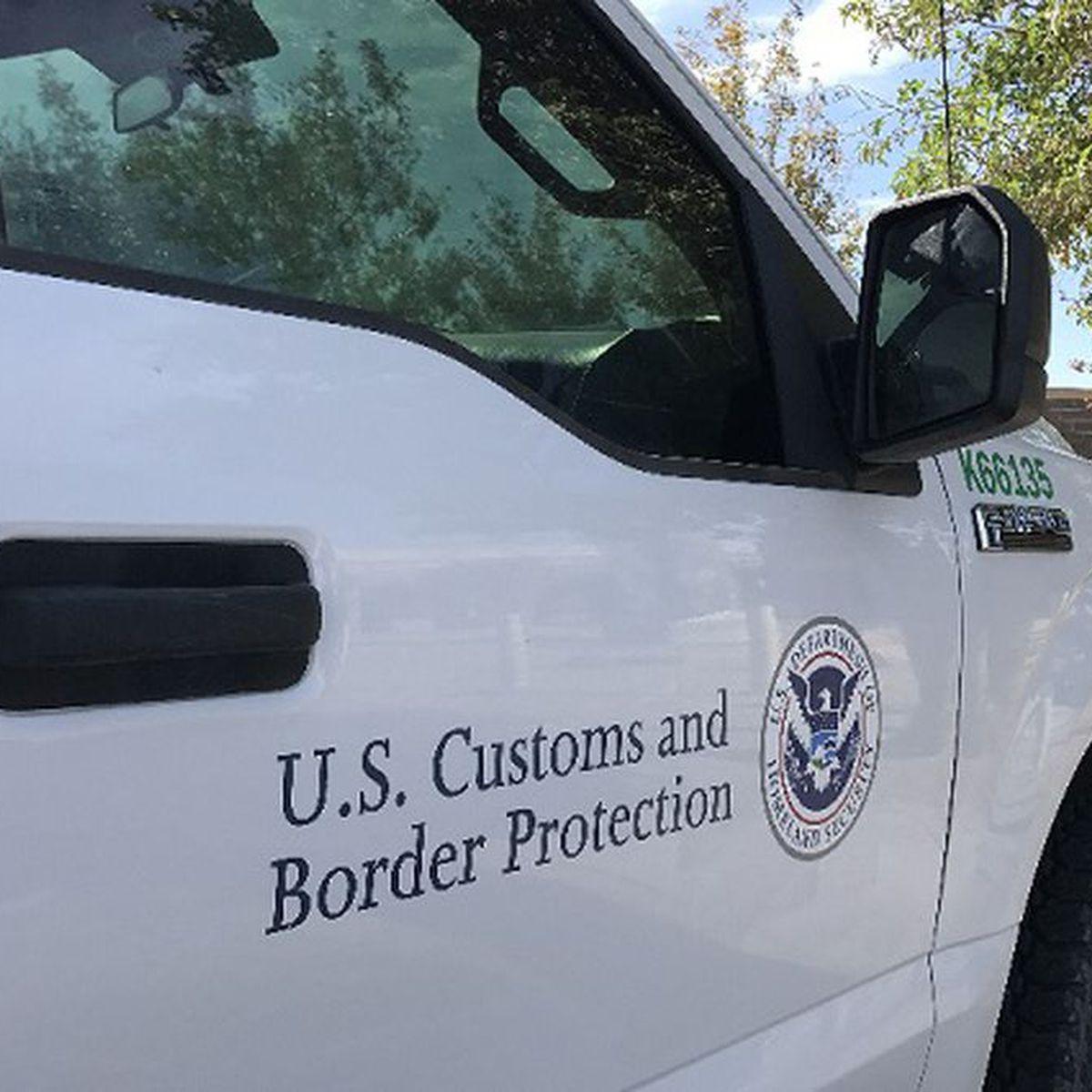 Al menos 6 heridos al salirse la camioneta de la Patrulla Fronteriza de una carretera de Texas