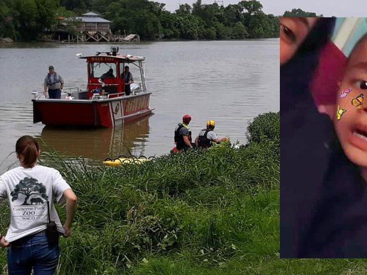 'Estamos heridos': la policía encuentra un cuerpo que se cree es de un niño desaparecido en Texas Amber Alert