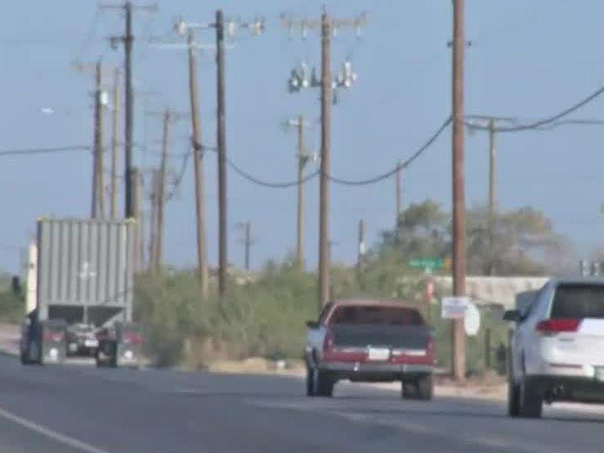 Funcionarios de la ciudad y el condado de Midland celebran la reapertura de Cotton Flat Road