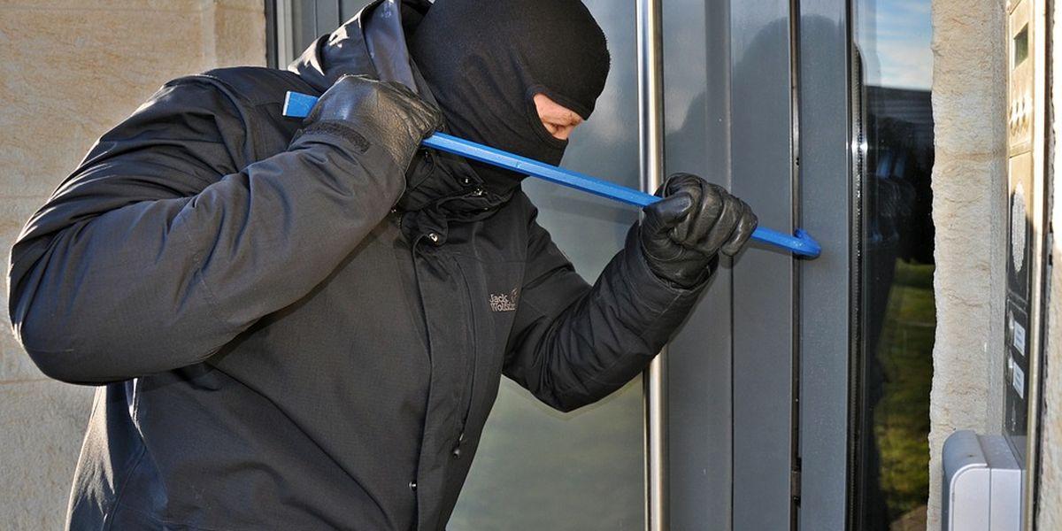 El departamento de Policía de Odessa ofrece consejos para mantener su hogar seguro durante los viajes de vacaciones.
