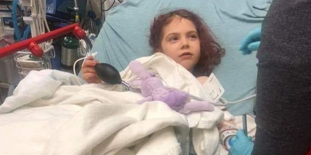 Girl, 6, hit with stray bullet fired by security guard outside McDonald's