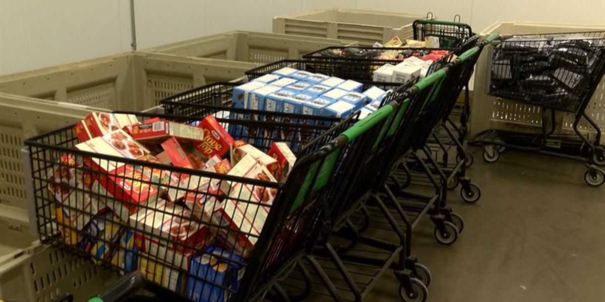 SNAP podría remplazar la mitad de las estampillas de alimentos de las personas