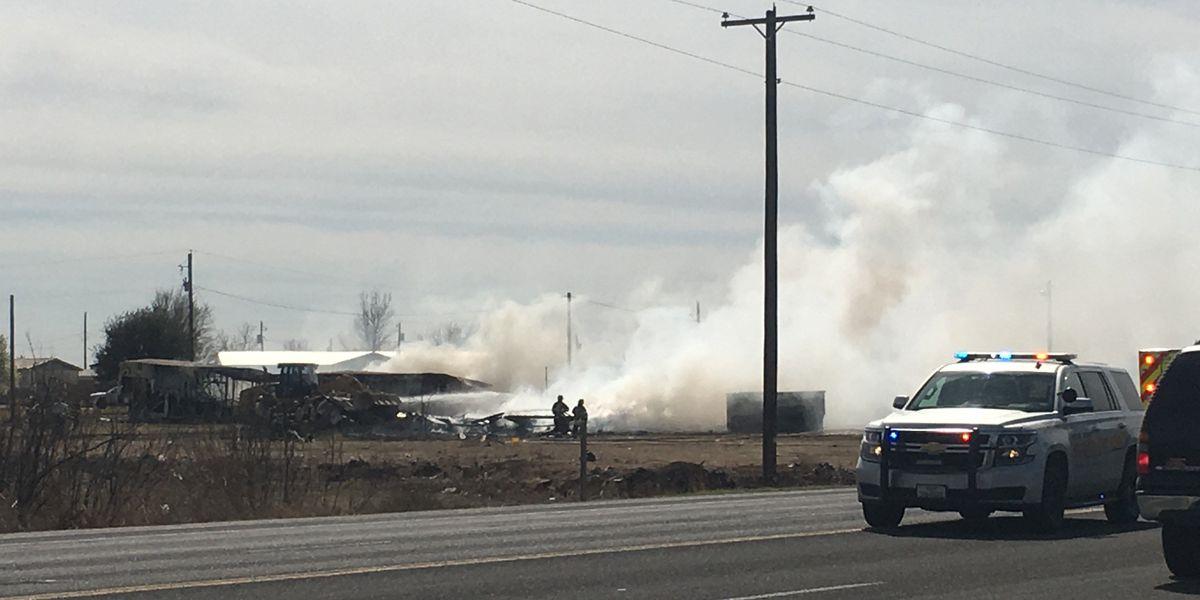 El Departamento de Bomberos de Odessa se encuentra en la escena de un incendio estructural