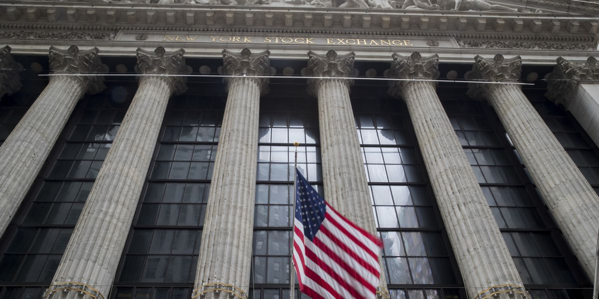 US stocks claw back some of their big losses; oil slides
