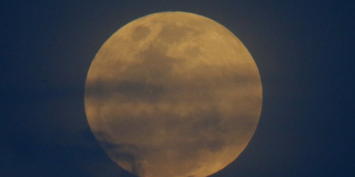 Espectáculo lunar: Primera superluna azul en 35 años