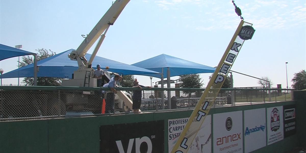 El parque de béisbol Security Bank Ballpark es afectado por las tormentas